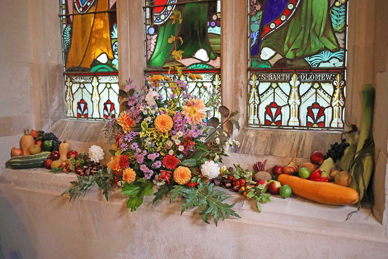 Harvest Service 2019 Hatley St George Church Flowers And Fruit Display Photo Gallery Hatley